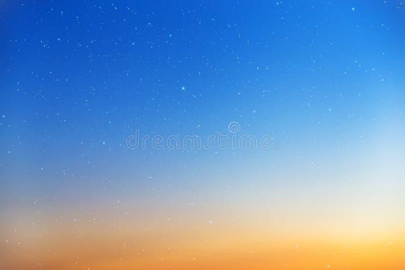 Zonsonderganghemel. royalty-vrije stock foto's