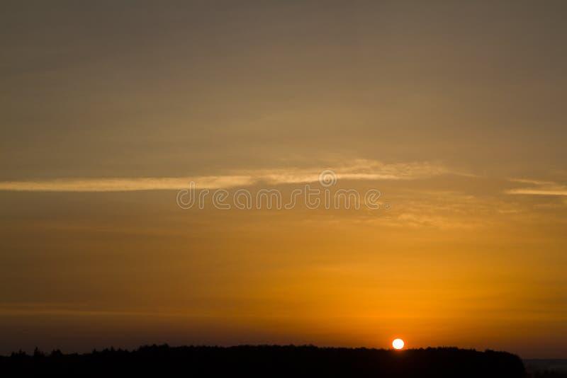 Zonsonderganghemel voor achtergronden royalty-vrije stock afbeeldingen