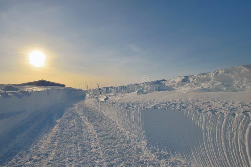 Zonsonderganglandschap in Groenland stock foto's