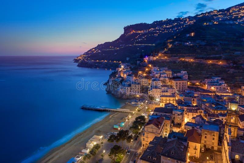 Zonsondergangmening van Minori, Amalfi Kust, Italië stock afbeeldingen