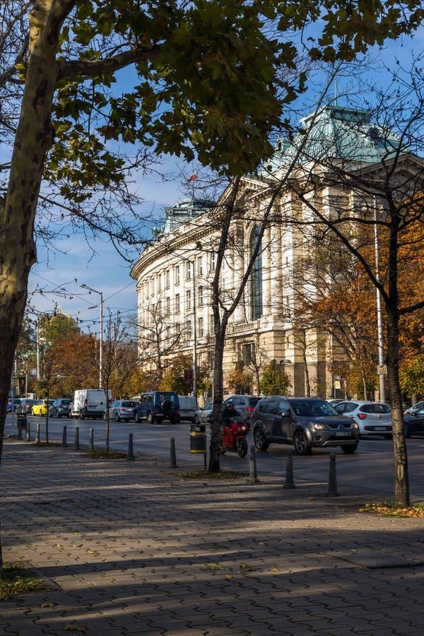 Zonsondergangmening van Universiteit van Sofia St Kliment Ohridski, Bulgarije stock foto