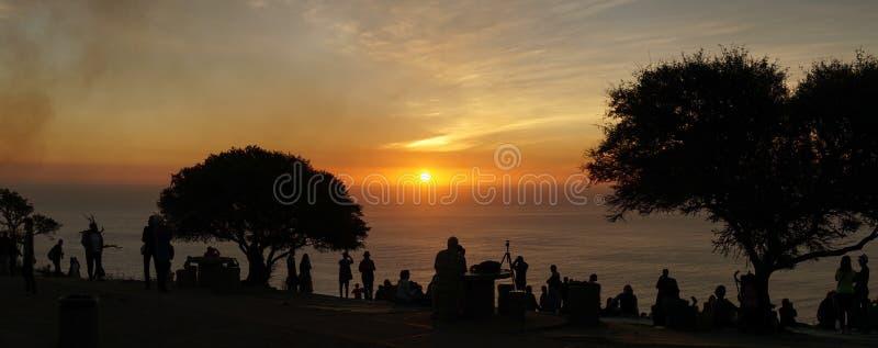 Zonsondergangmeningen van Signaalheuvel in Cape Town, Zuid-Afrika stock foto's