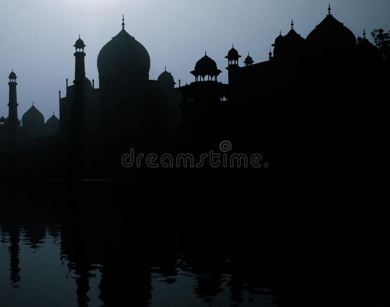 Zonsondergangsilhouet Groot Taj Mahal Tourist Attraction Concept stock afbeelding