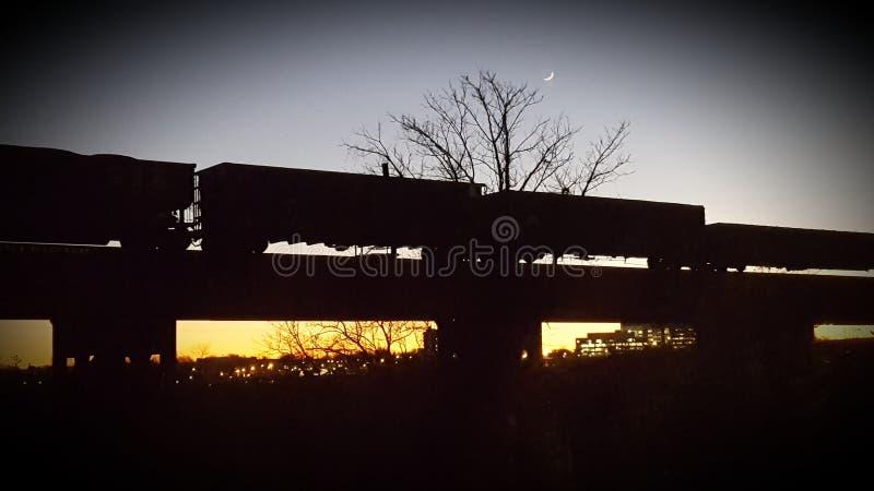 Zonsondergangspoorweg royalty-vrije stock fotografie