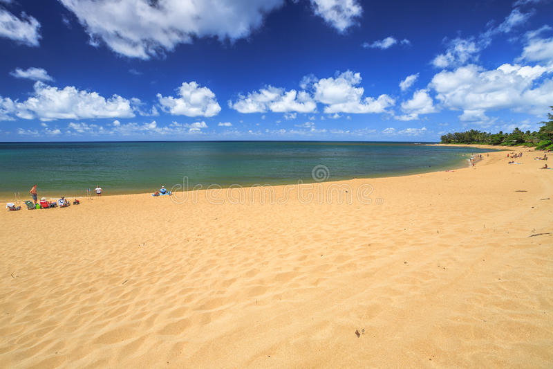 Zonsondergangstrand Oahu royalty-vrije stock afbeelding