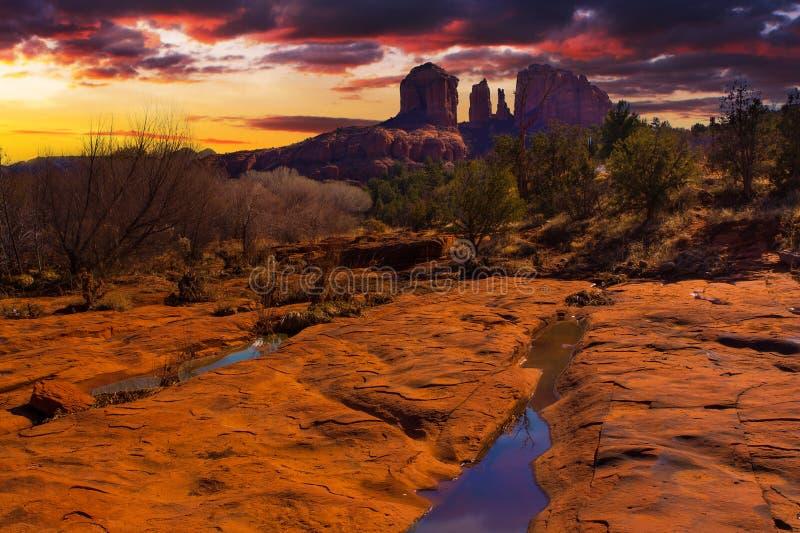 Zonsonderganguitzicht van Sedona, Arizona stock fotografie