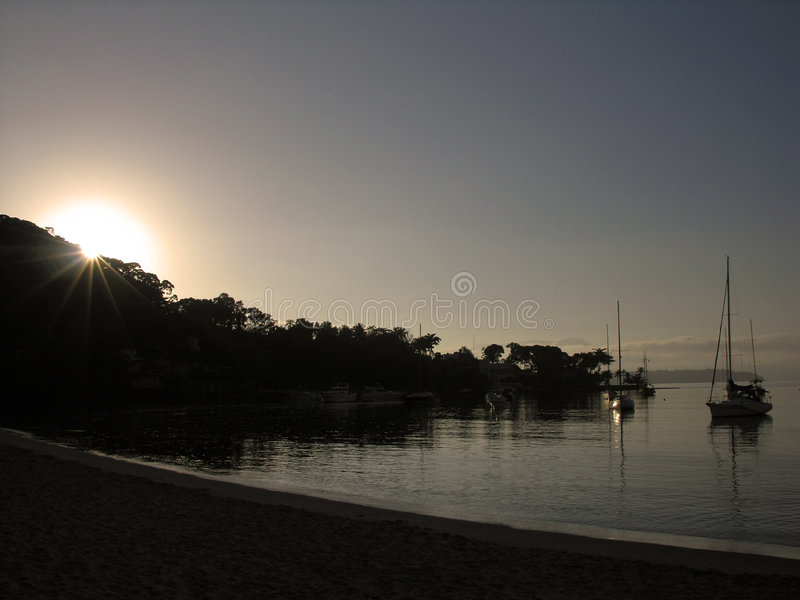 Zonsopgang in Angra Dos Reis stock foto