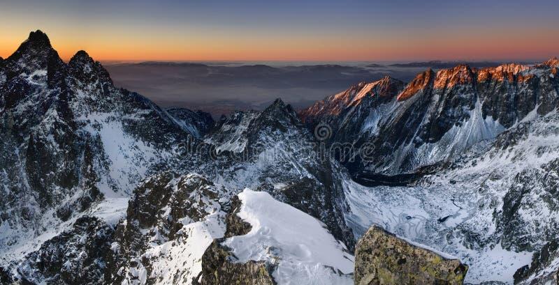 Zonsopgang in Berg royalty-vrije stock afbeeldingen
