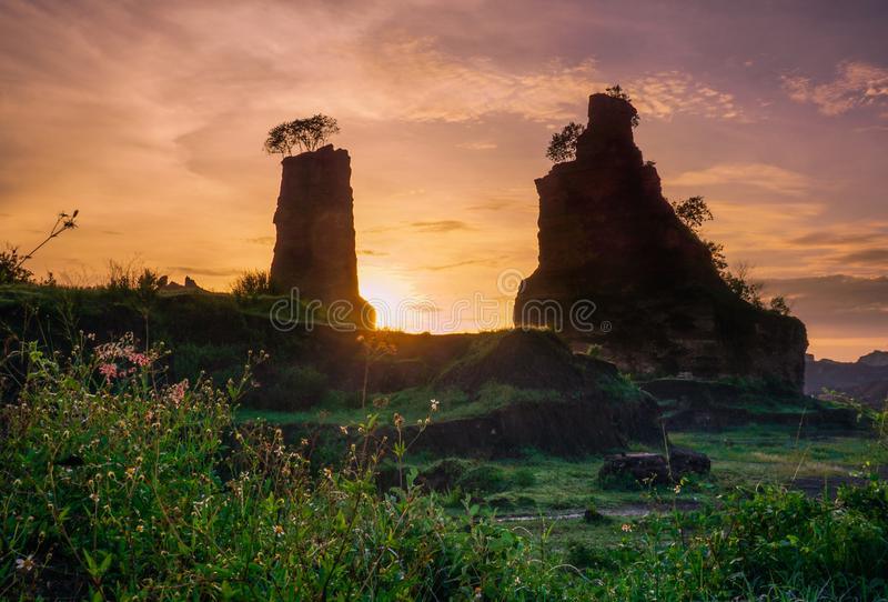Zonsopgang bij Bruine Canion, Semarang - Indonesië royalty-vrije stock afbeeldingen
