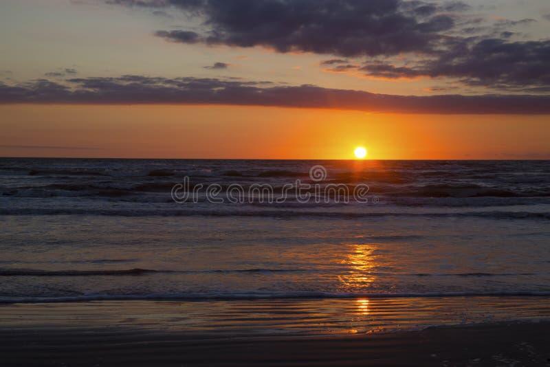 Zonsopgang bij het Strand in de Golf van Mexico, Texas stock foto