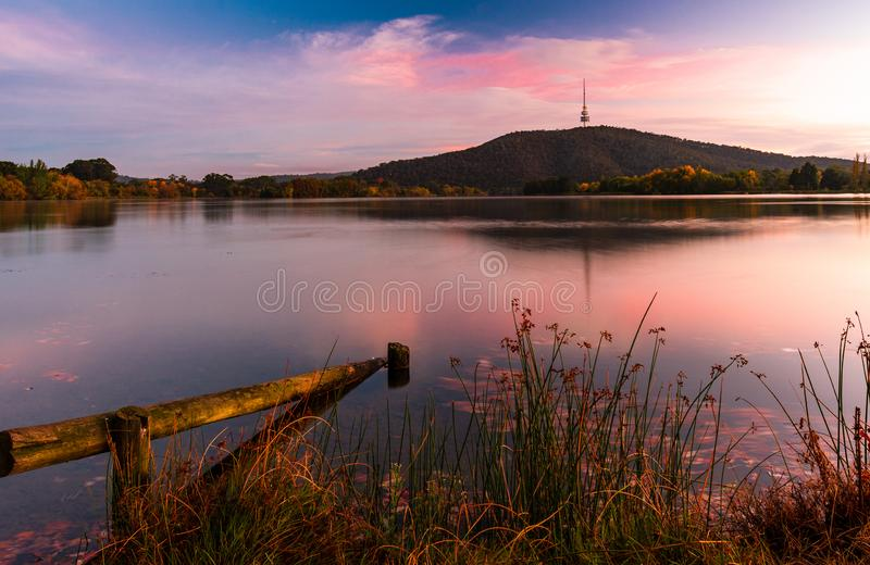 Zonsopgang in Canberra - Australië stock afbeelding