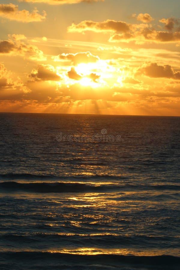 Zonsopgang in Cancun stock foto