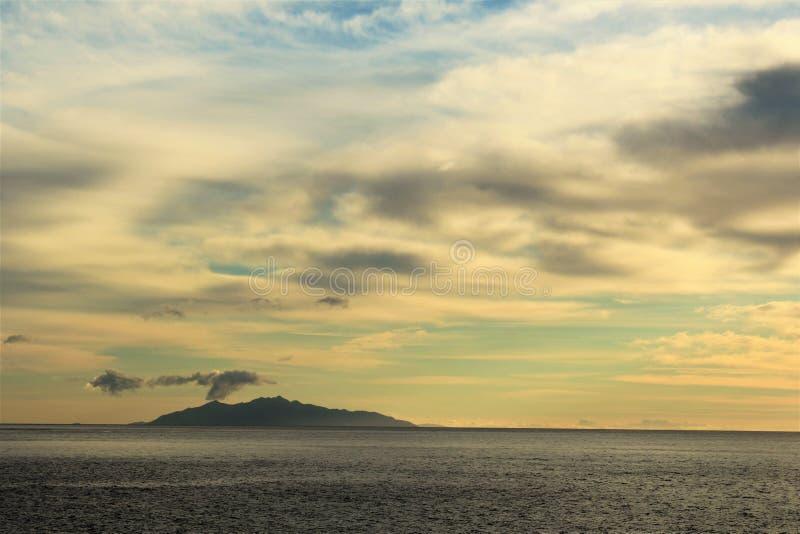 Zonsopgang in Corsica royalty-vrije stock afbeeldingen