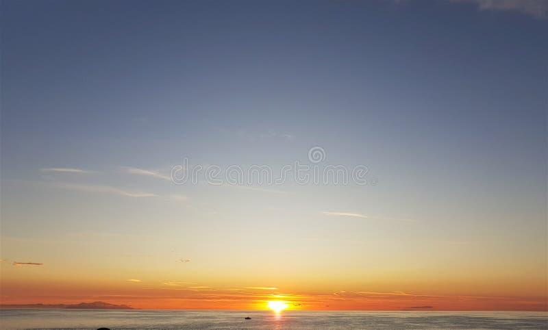 Zonsopgang in Corsica stock foto