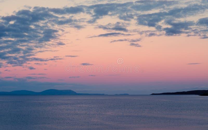 Zonsopgang in Gairloch in Hooglanden van Schotland royalty-vrije stock foto