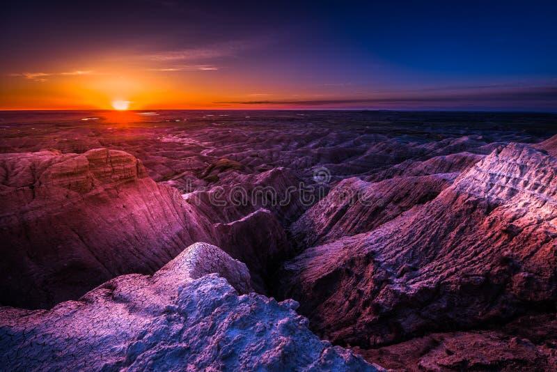 Zonsopgang in het Nationale Park van Badlands stock foto's