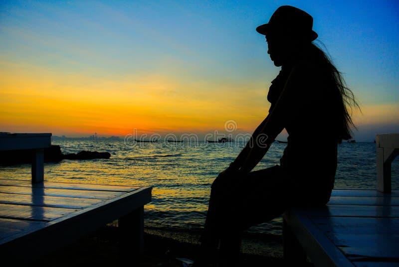 Zonsopgang in Koh Larn @Thailand stock foto