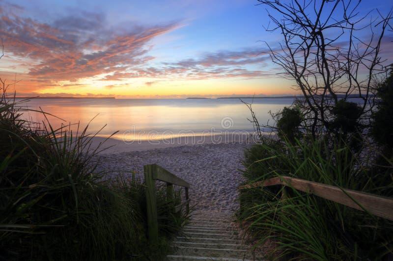 Zonsopgang Nelson Beach Jervis Bay Australia stock foto's