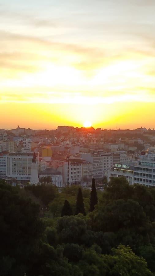 Zonsopgang op Lissabon stock afbeelding
