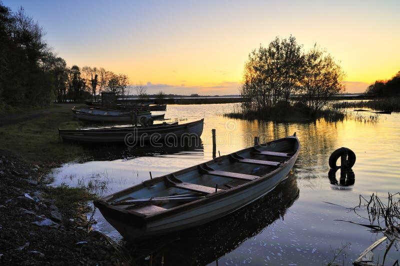 Zonsopgang op Lough Ennell stock fotografie