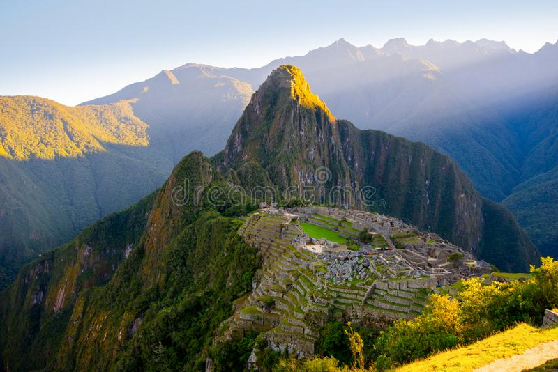 Zonsopgang op Machu Picchu, de verloren stad van inca - Peru royalty-vrije stock fotografie