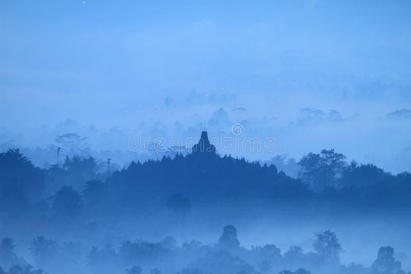 Zonsopgang op tempel Borobudur stock foto's