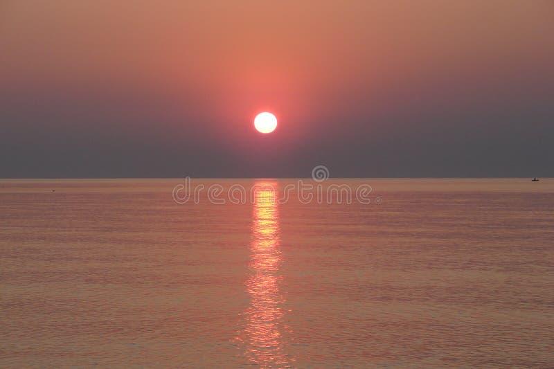 Zonsopgang over het Overzees van Azov stock afbeelding