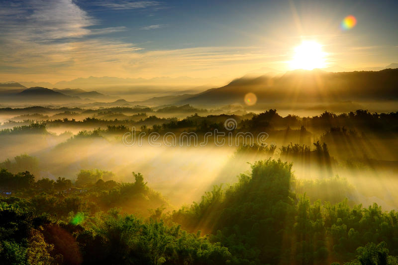 Zonsopgang in Taiwan royalty-vrije stock afbeeldingen