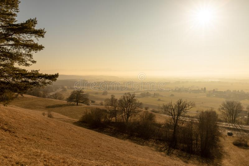 zonsopgang in Weilheim Beieren Duitsland royalty-vrije stock foto's
