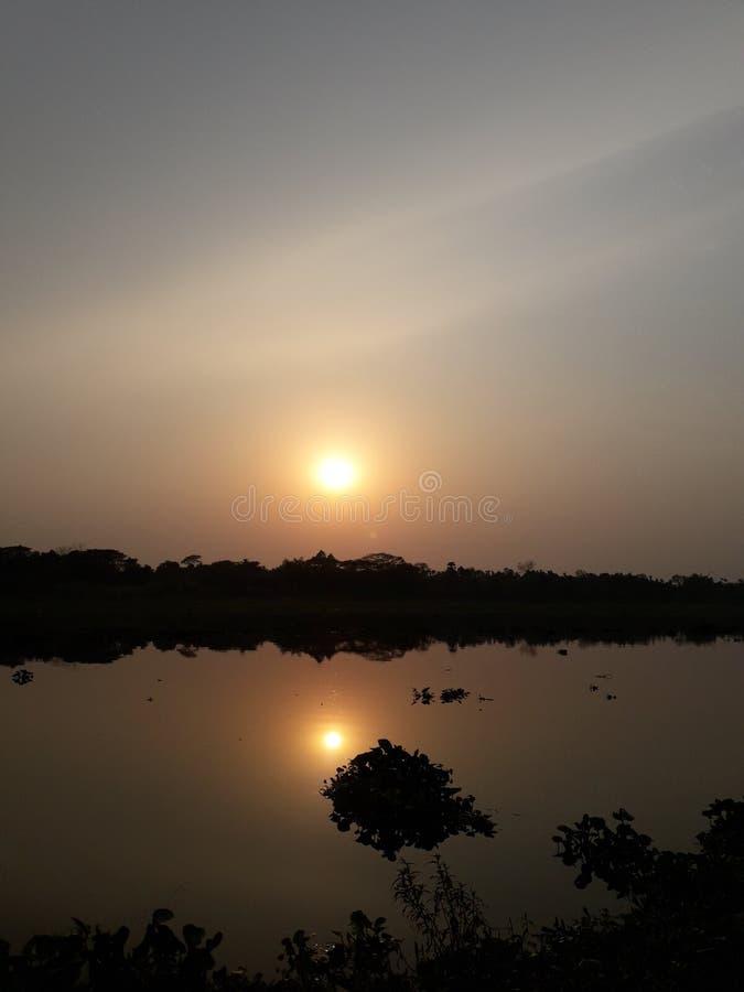 Zonstraal bij rivier natuurlijke schoonheid van Bangladesh stock fotografie