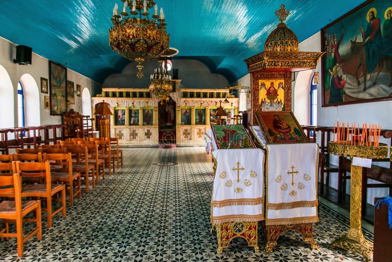 Zoodochous Pigis教会,Limnos内部  免版税图库摄影