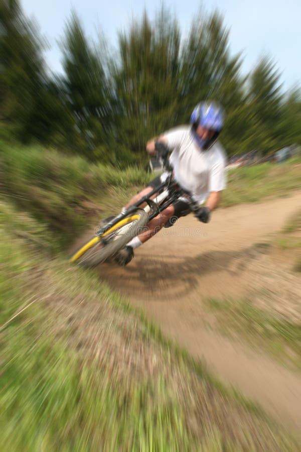 Zoom 15 de la bici de montaña fotografía de archivo