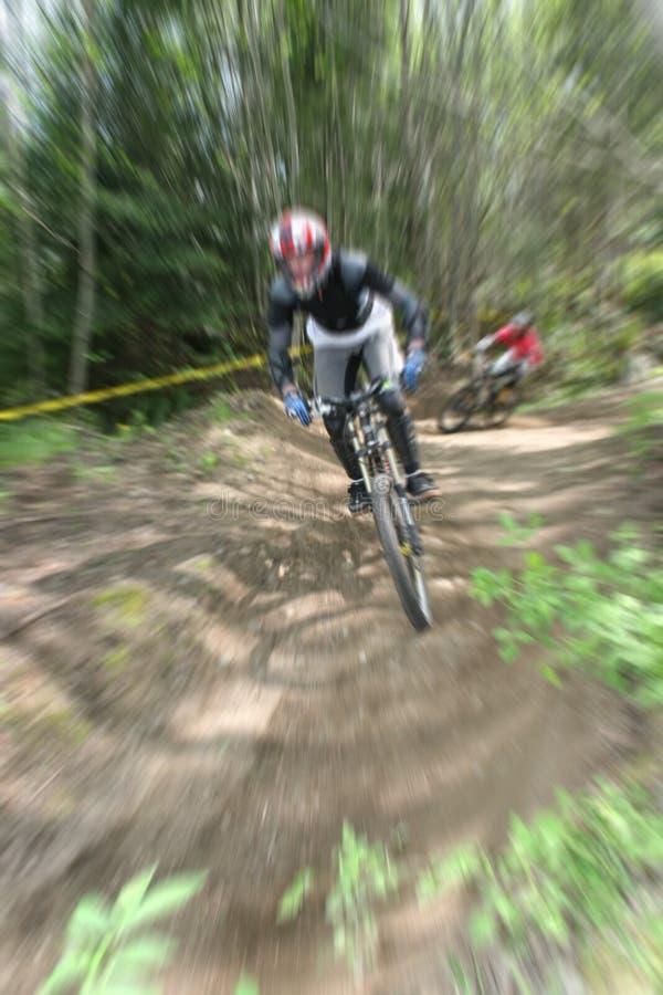Zoom de la bici de montaña fotos de archivo libres de regalías