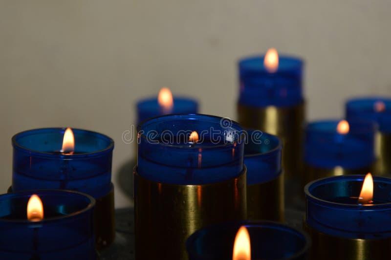 Zoom på blåa Candels royaltyfria foton