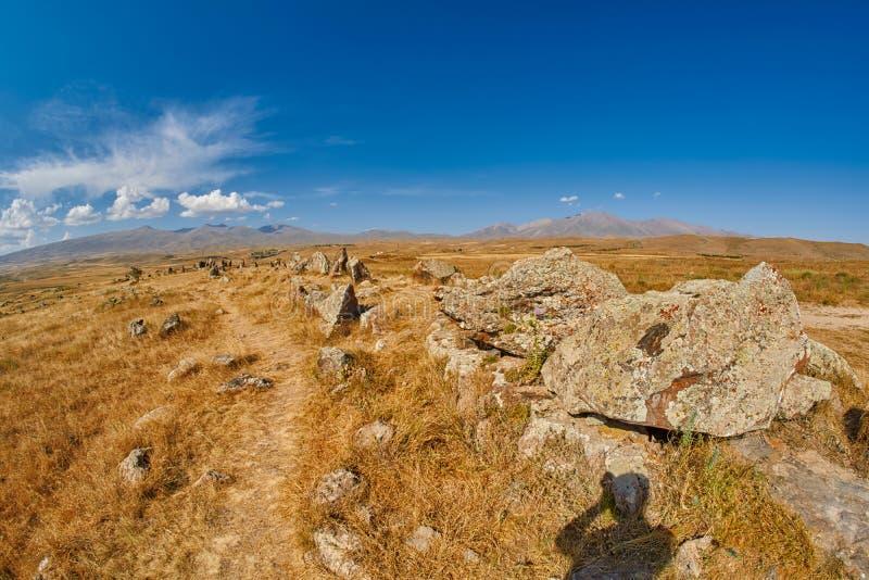 Zorats Karer Carahunge - de Voorhistorische plaats van Steenpiramides in AR royalty-vrije stock foto