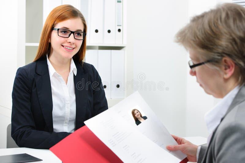 zostać one wywiad histeryczna praca jeden zdjęcie stock
