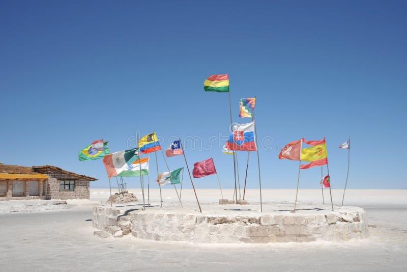 Zout hotel voor toeristen op de zoute vlakten van Uyuni royalty-vrije stock foto's