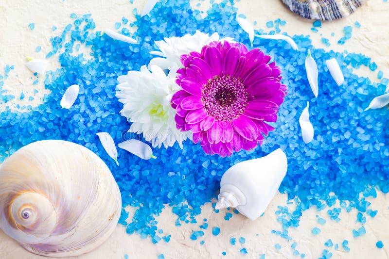 Zoute bloemen van het kuuroord de vastgestelde bad stock afbeelding