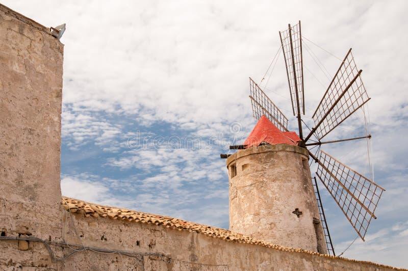 Zoute windmolen stock foto