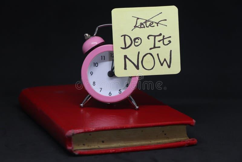 Zrób to teraz! fotografia stock