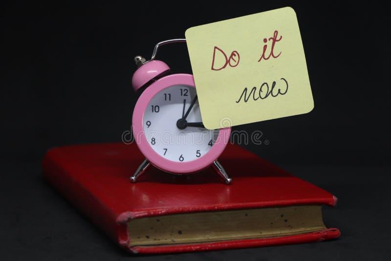 Zrób to teraz! zdjęcia royalty free