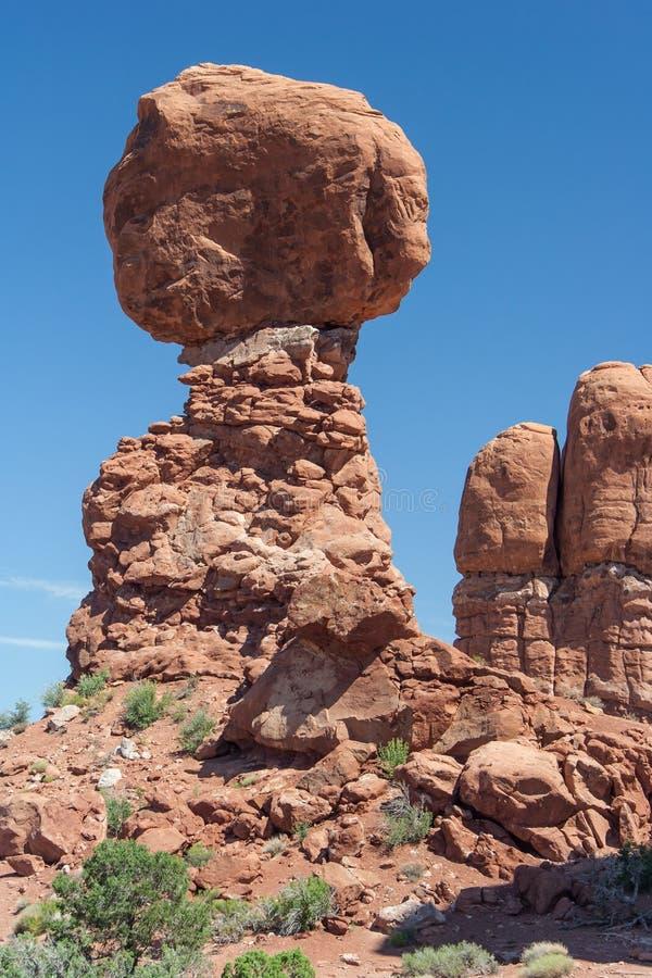 Zrównoważona skała w łuku parka narodowego Utah usa fotografia stock