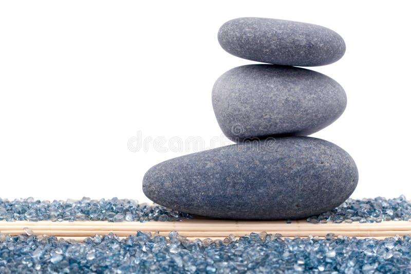 Zrównoważone skały lub zen kamienie zdjęcie royalty free