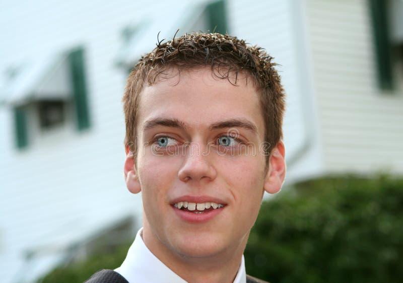Zrelaksowany nastoletniego chłopaka zbliżenie obrazy royalty free