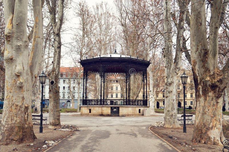 Zrinjevac-Park, Zagreb, Kroatien lizenzfreie stockfotos