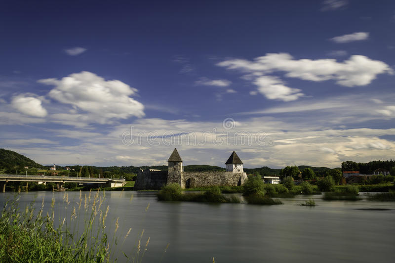 Zrinski-Schloss, Kroatien lizenzfreie stockfotografie