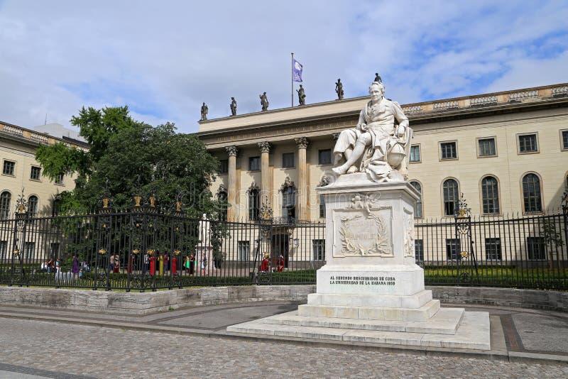 Zu Berlín (universidad de Humboldt-Universitat de Humboldt de Berlín) nombrada en honor de su fundador imagen de archivo libre de regalías