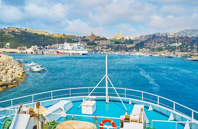 Zu Ghajnsielem ankommen, Gozo, Malta lizenzfreie stockbilder