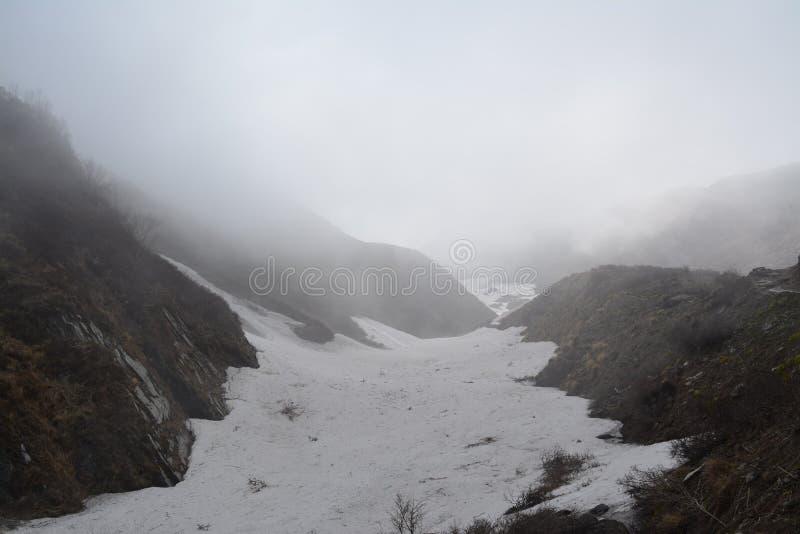 Zu niedrigem Lager Annapurna stockfoto