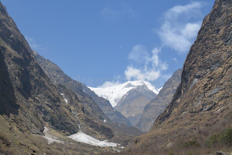Zu niedrigem Lager Annapurna lizenzfreie stockfotos